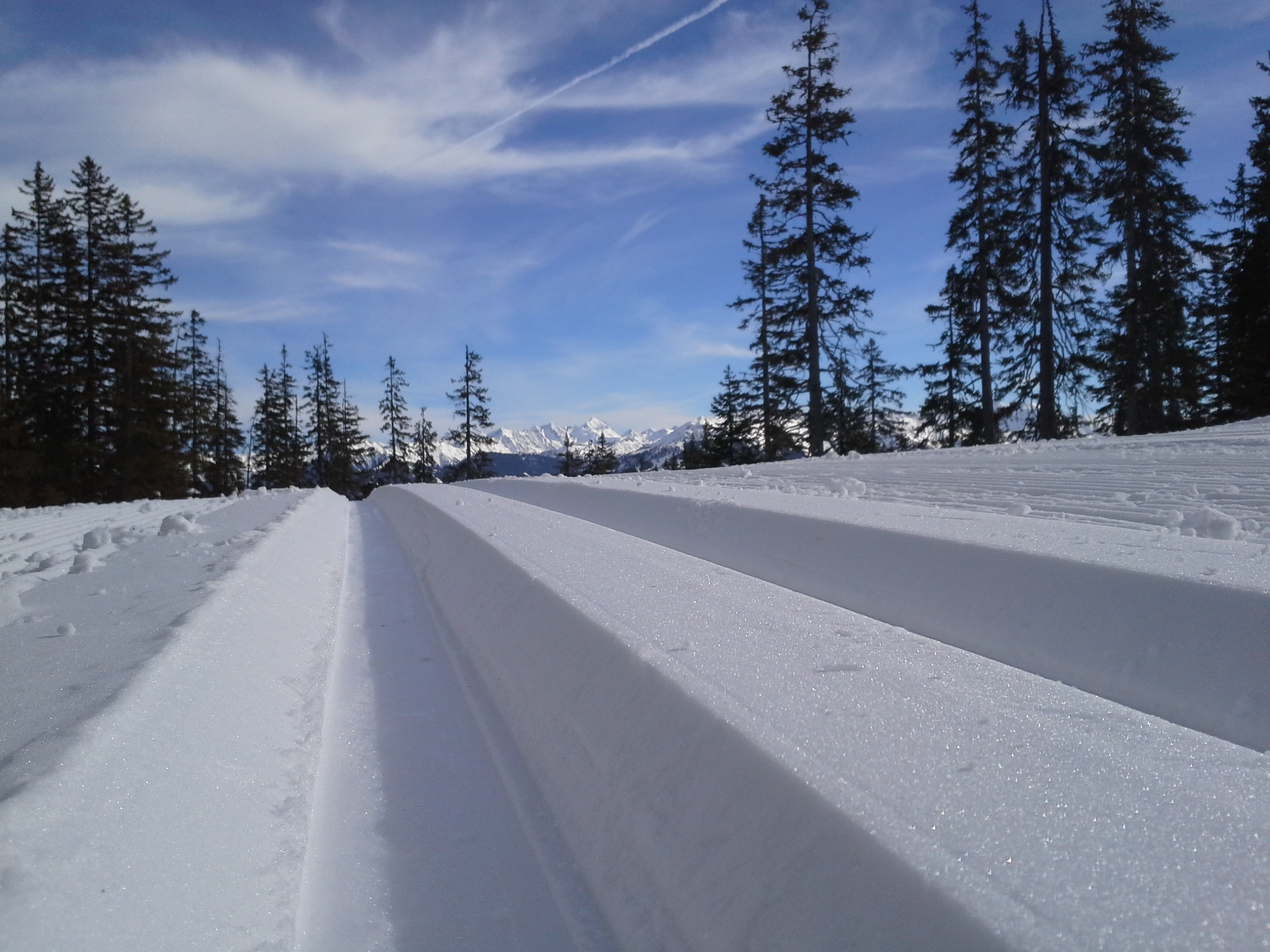The route was prepared really well. Because we had to take a lift (11EUR) uphill, there were not so many people skiing.